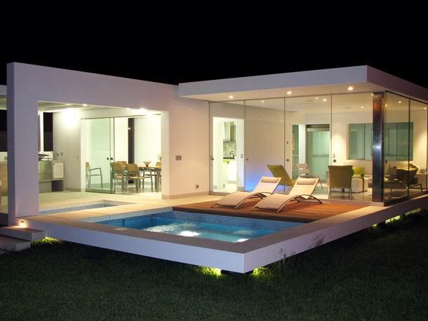 Revista de arquitectura y dise o peruarki casa de for Decoracion de casas de playa modernas