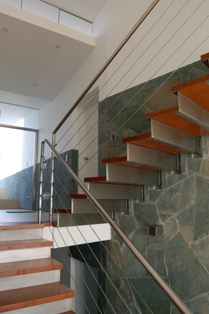 Revista de arquitectura y dise o peruarki casa lefevre for Escaleras con descanso de concreto