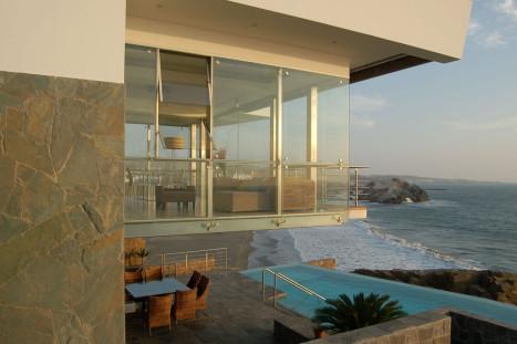 Casa_Lefevre_Longhi_Arquitectos_peruarki_sala-comedor