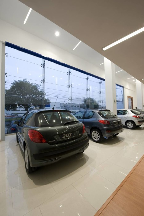 Jose-orrego-metropolis-showroom-peru-Peugeot-Peru-Braillard-peruarki-FOTO_004