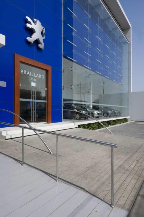 Jose-orrego-metropolis-showroom-peru-Peugeot-Peru-Braillard-peruarki-_DSC0020