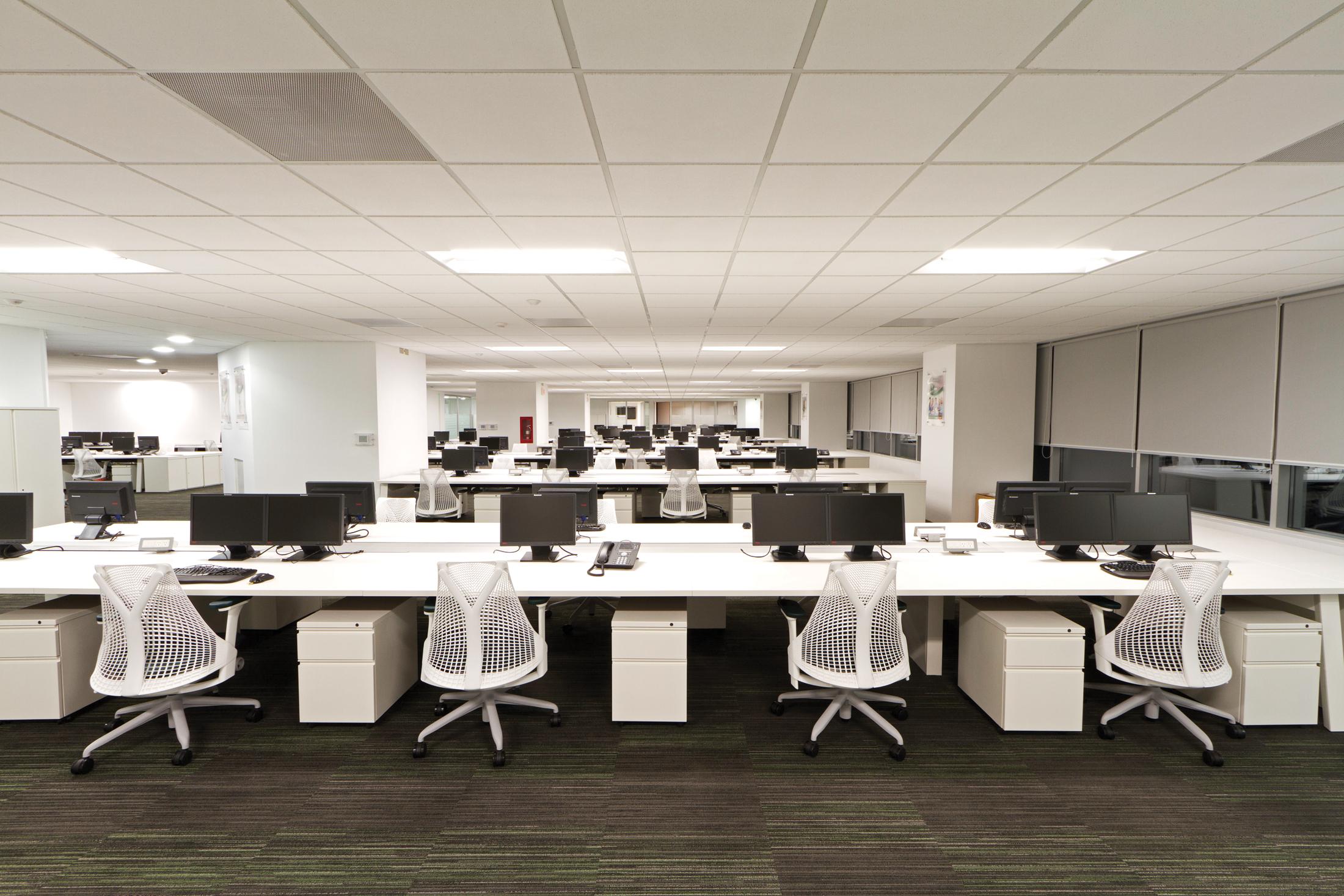 Revista de arquitectura y dise o peruarki oficinas for Arquitectura de oficinas